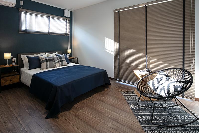 兵庫で二階にリビングがる住宅の寝室