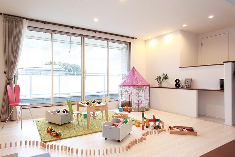 兵庫の三階建て住宅のファミリースペース